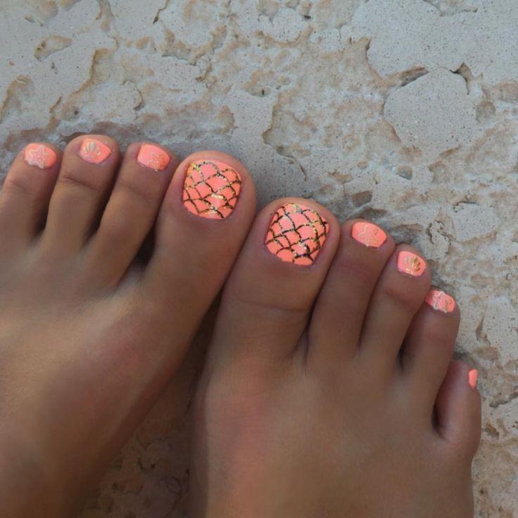 Drawn nail pinterest Mermaid nail toes ideas @dancingmarlee