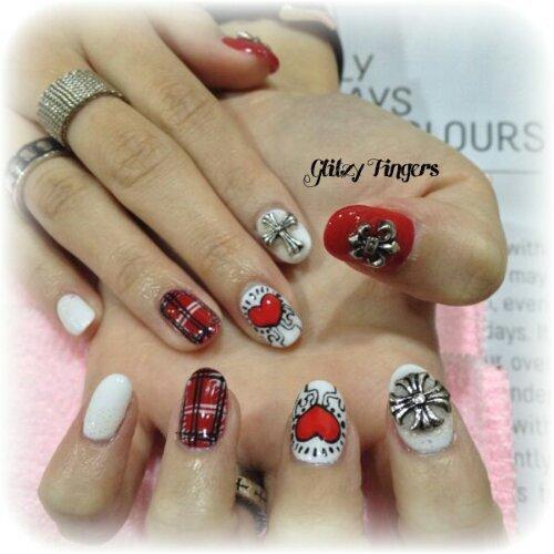 Drawn nail red Day + Nail + Nail