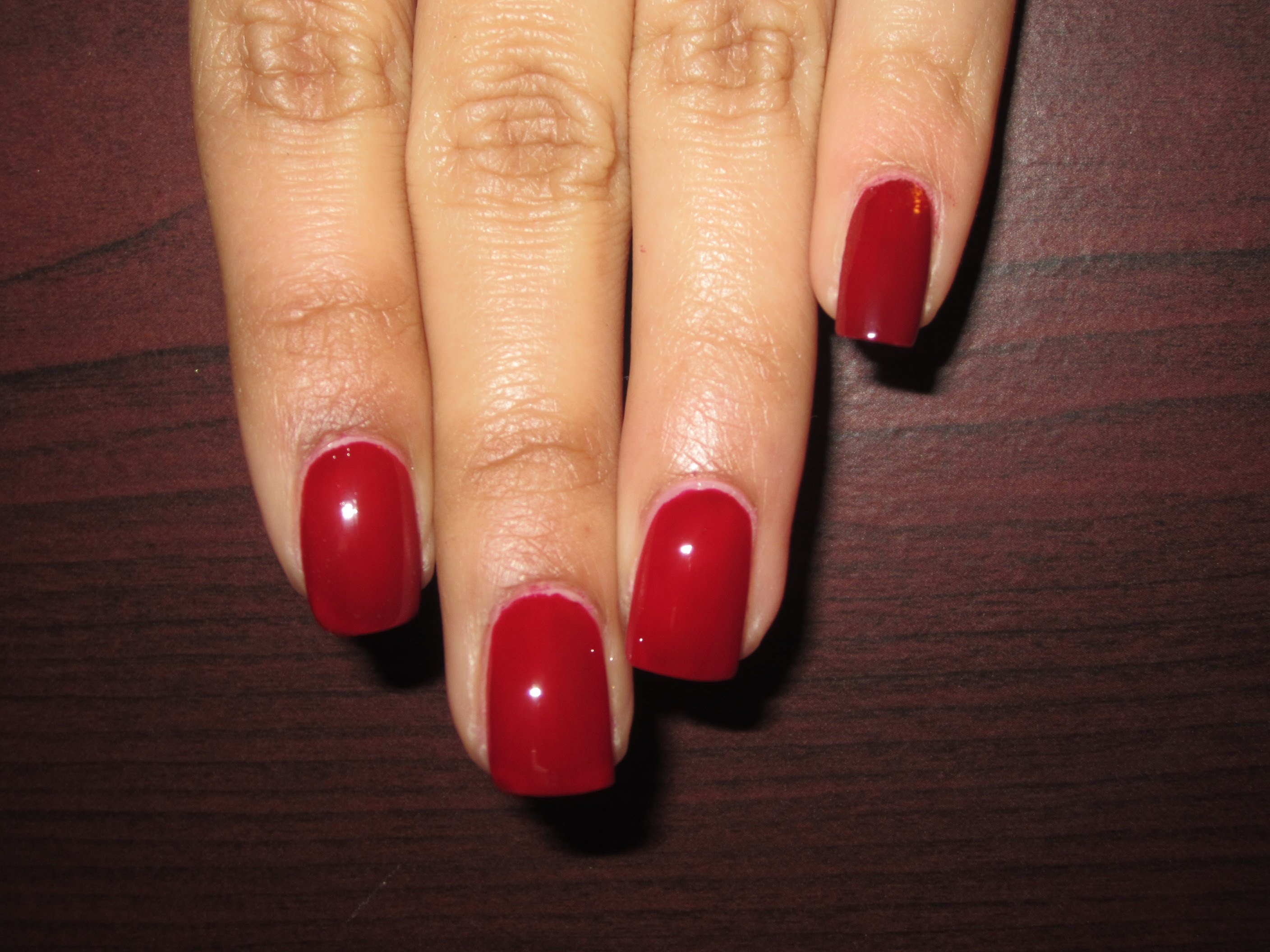 Drawn nail red HOW NAILS TO PAINT PERFECTLY