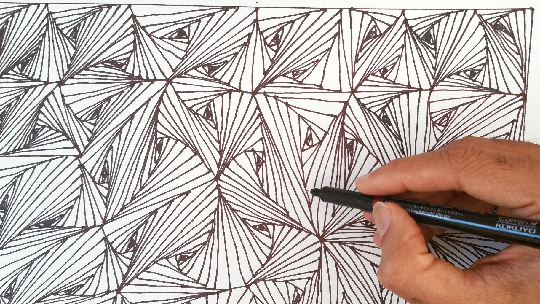 Drawn vase triangle Zentangles How How Optical to