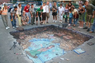 Drawn optical illusion road It? What Chalk In 3D