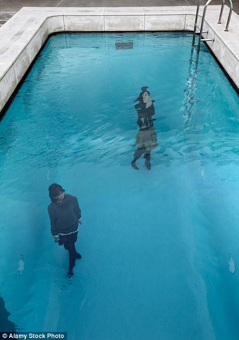Drawn optical illusion swimming pool Space Visitors Swimming design stroll