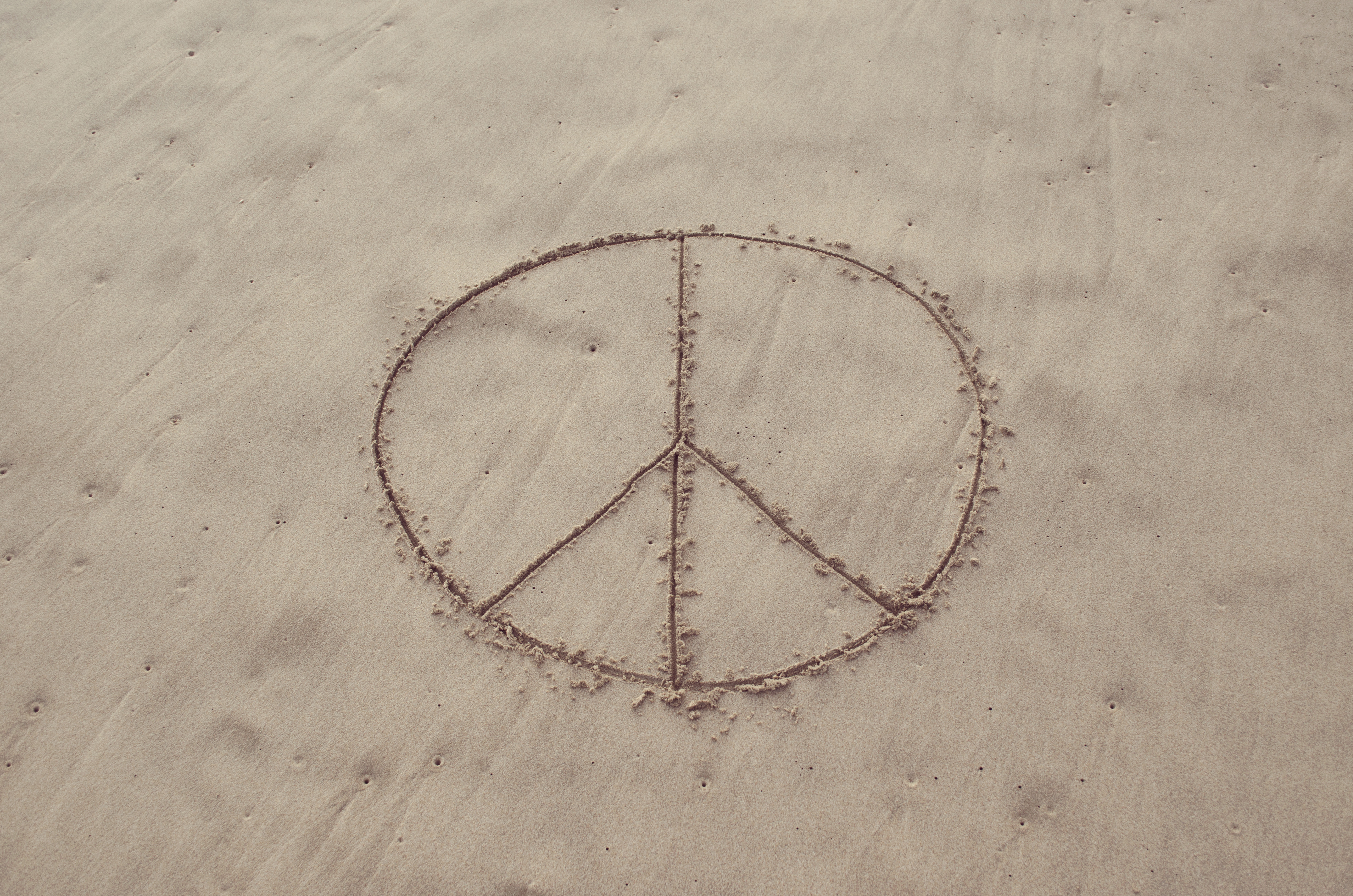 Drawn peace sign sand Prezo Archives Sign Drawn in