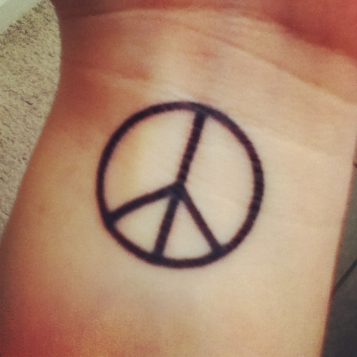 Drawn peace sign simple #7