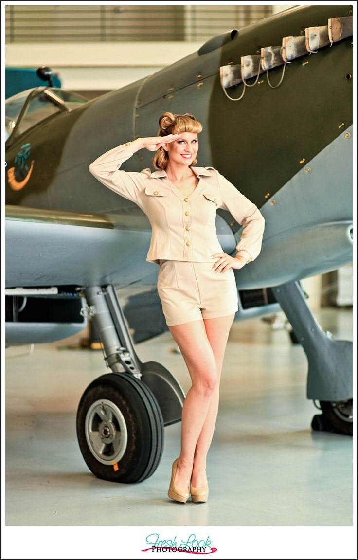 Drawn pin up  plane Up Pin best planes photo