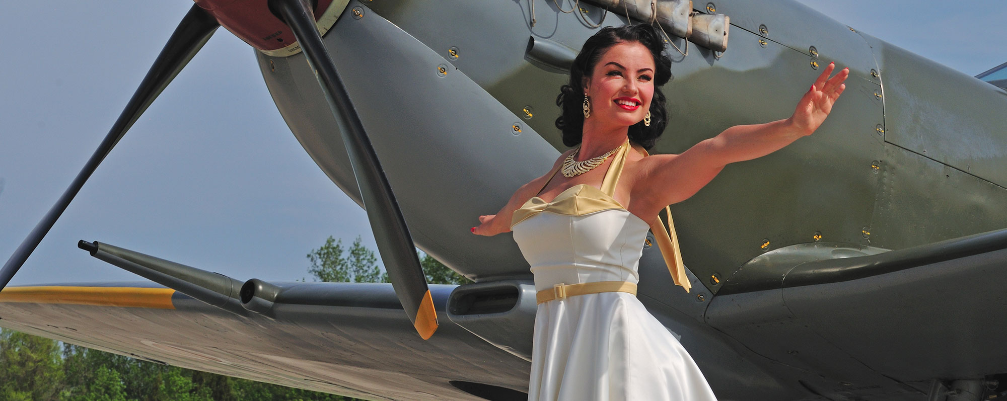 Drawn pin up  wwii aircraft Pinup Warbird February; Home Girls