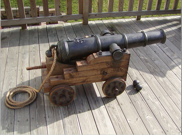 Drawn pirate cannon Christmas! Just in family and