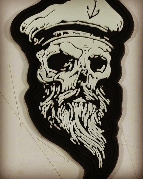 Drawn pirate scallywag Skull PATCH scallywag skull PIRATE