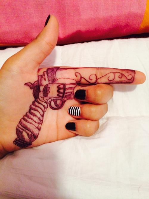 Drawn pistol cool gun Hand on shared gun art