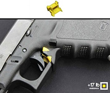 Drawn pistol glock 17 : 17 for Handguns com