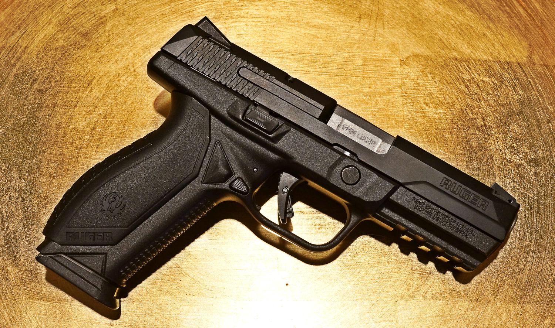 Drawn pistol nine Through hundred & the Gun