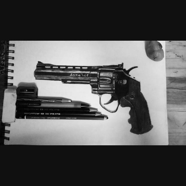 Drawn pistol realistic #Drawing #Art art #Realistic #Pistol