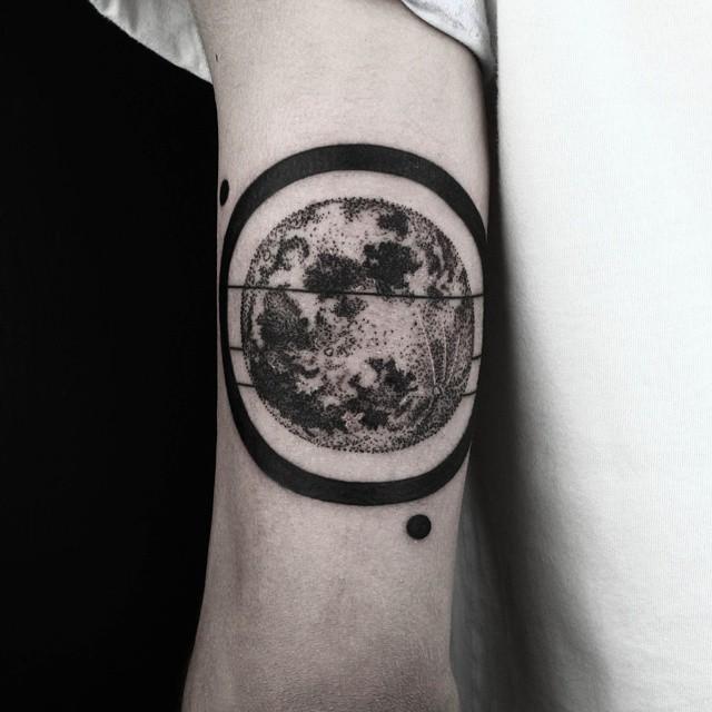 Drawn planet arm Hand · Ideas Tattoos Drawn