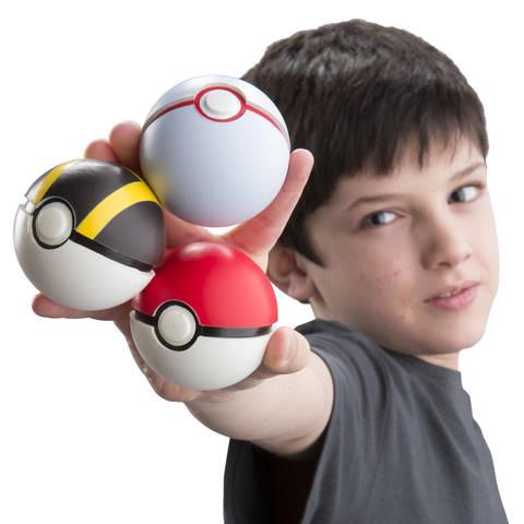 Drawn pokeball soccer boy 3 Pokémon Walmart TOMY Poke
