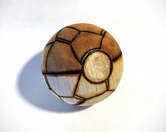 Drawn pokeball soccer shoe Type fan Burned hardwood) (solid