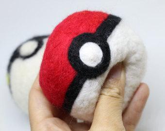 Drawn pokeball wool Felted Felted Needle toy Plushie
