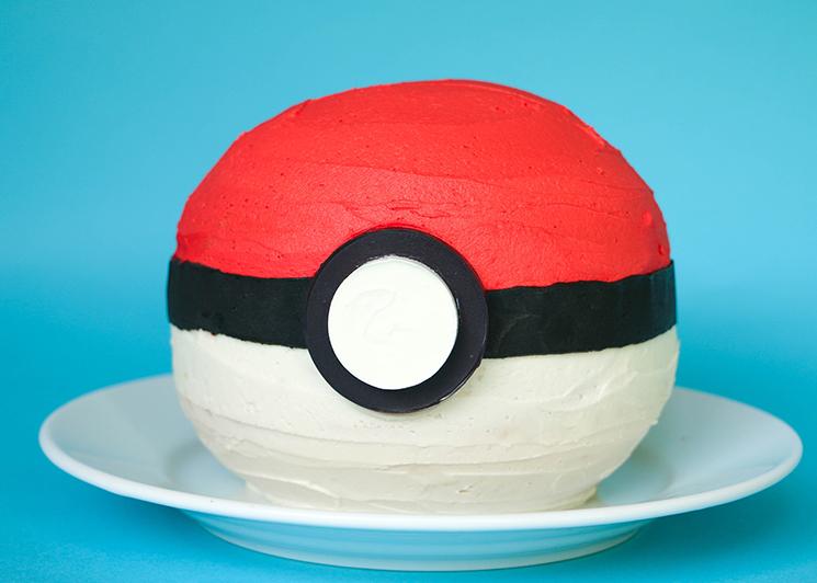 Drawn pokeball yarn Make Cake a Fun Pokéball