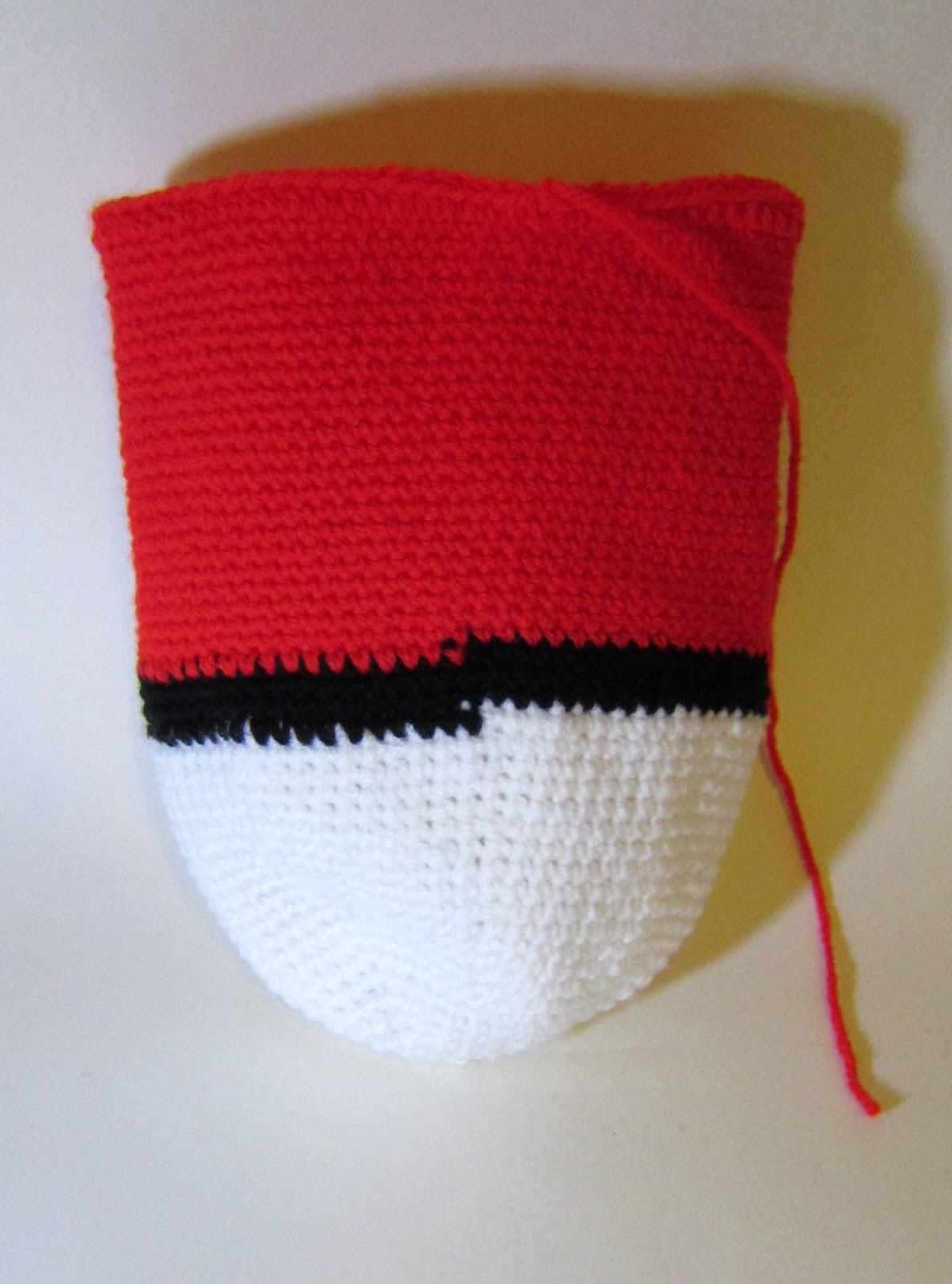 Drawn pokeball yarn Incy Crochet x sc Round