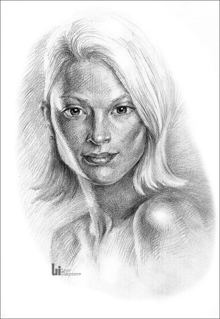 Drawn portrait cross hatching Female portrait Illustrator Igor cool