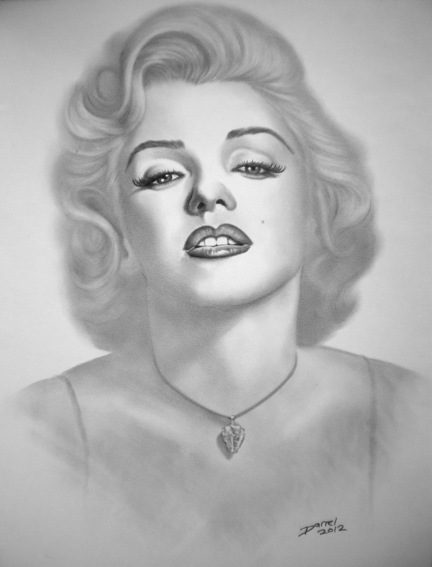 Drawn portrait marilyn monroe Bevan Marilyn Artist Monroe TheOriginalVanGoghsEarAnthology