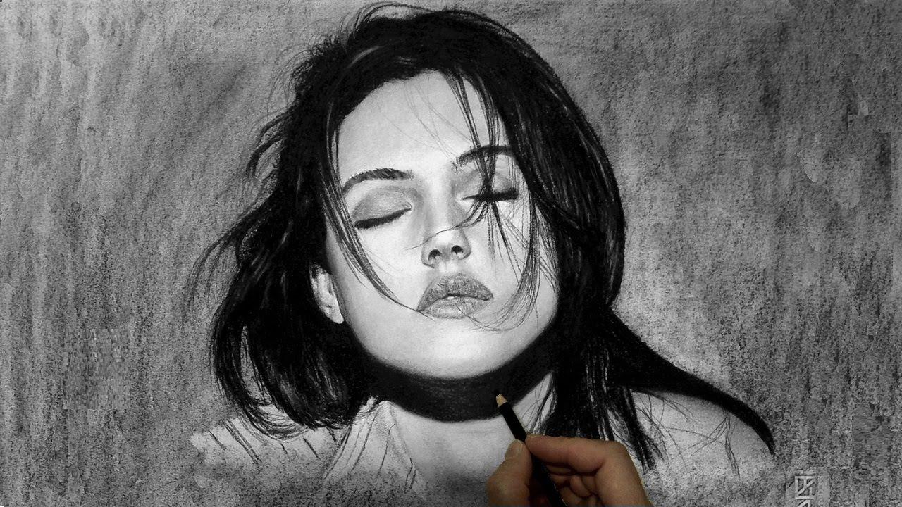 Drawn portrait monica bellucci Bellucci Ritratto carboncino a a