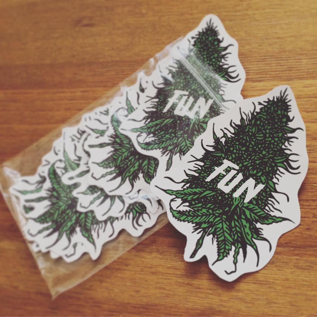 Drawn pot plant weed smoke PlantsWeedSmoke Street #linework #illustrator ·