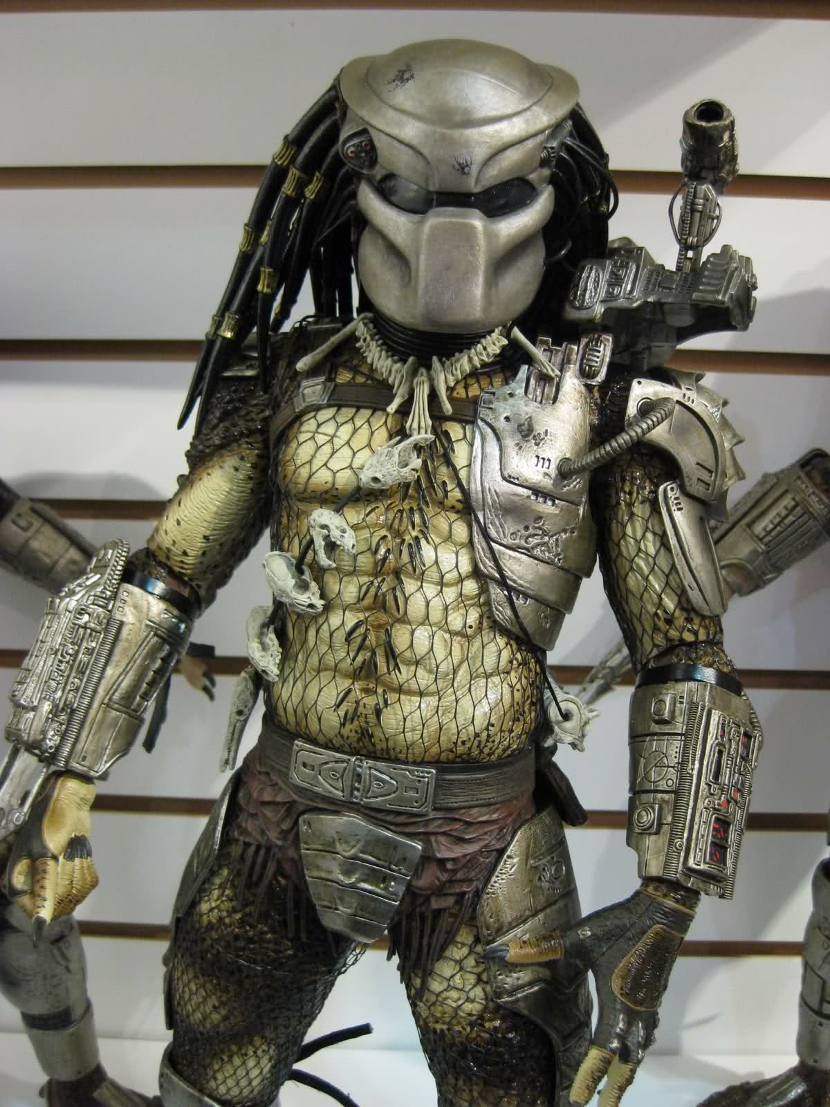 Drawn predator 4 scale 383 NECA  1/4 scale