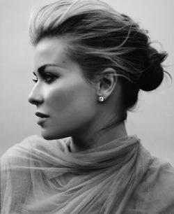 Drawn profile lady side face Profile black; 25+ female; Pinterest
