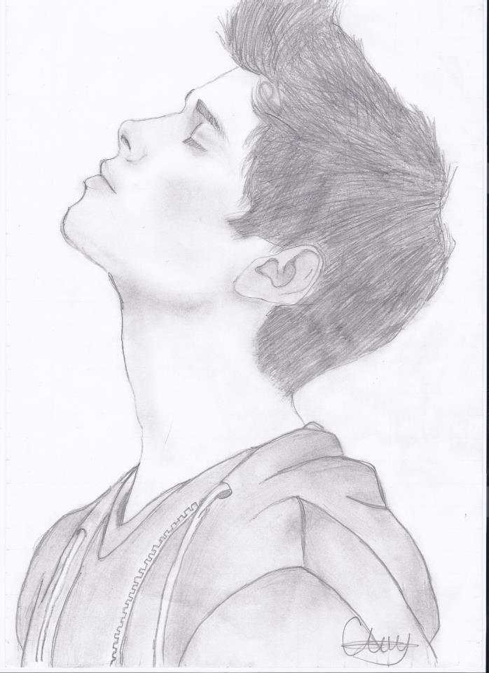 Drawn profile sketch By Roberto draw via to