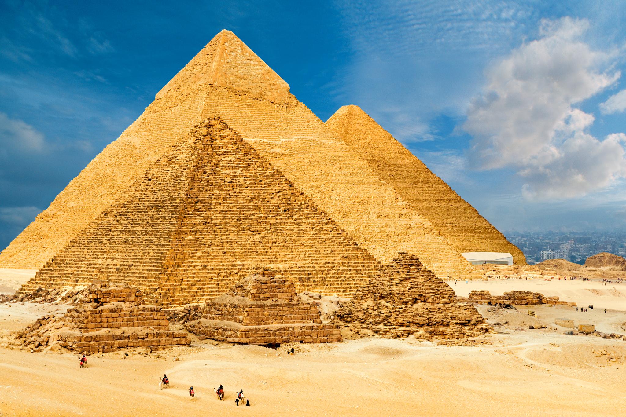 Drawn pyramid pyramid giza Pyramids Great Standing  Tall:
