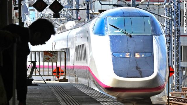 Drawn railroad speed train Arrives at high Sendai Station