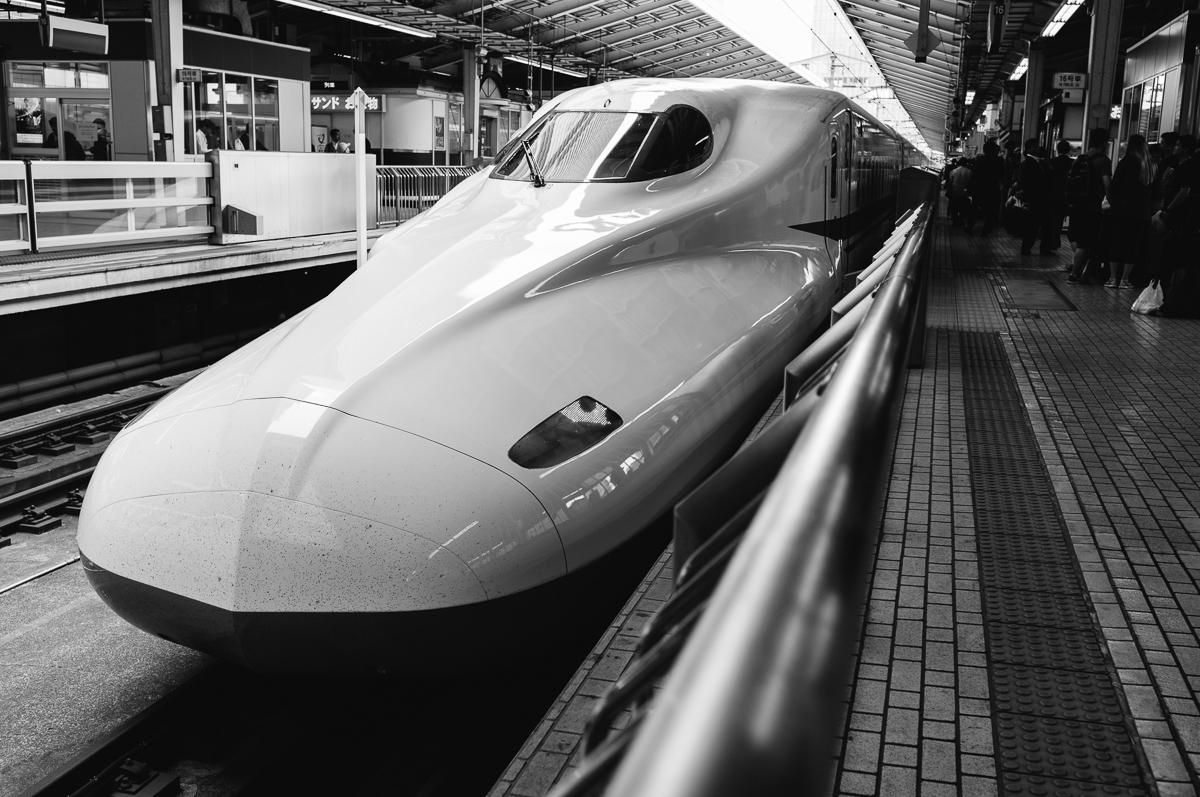 Drawn railroad speeding bullet Bullet Speeding Speeding — Brad
