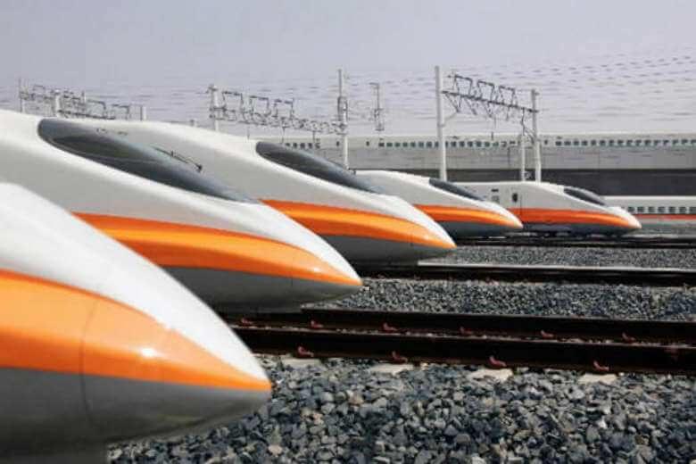 Drawn railroad tgv train Ahead High  PHOTO: station