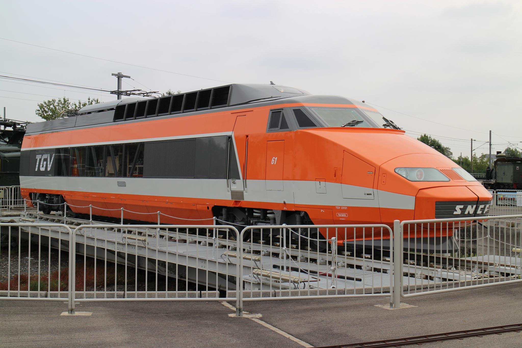 Drawn railroad tgv train 61 TGV Très SA BY