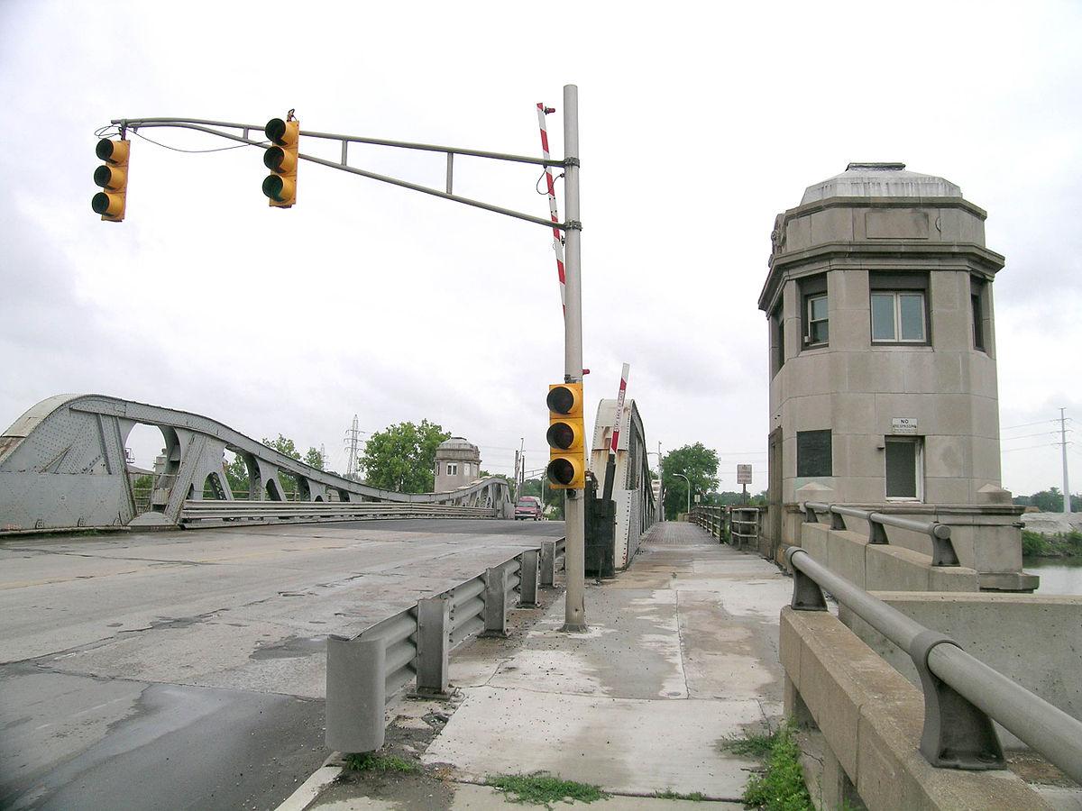 Drawn river bridge Bridge Avenue–Rouge Wikipedia Jefferson River