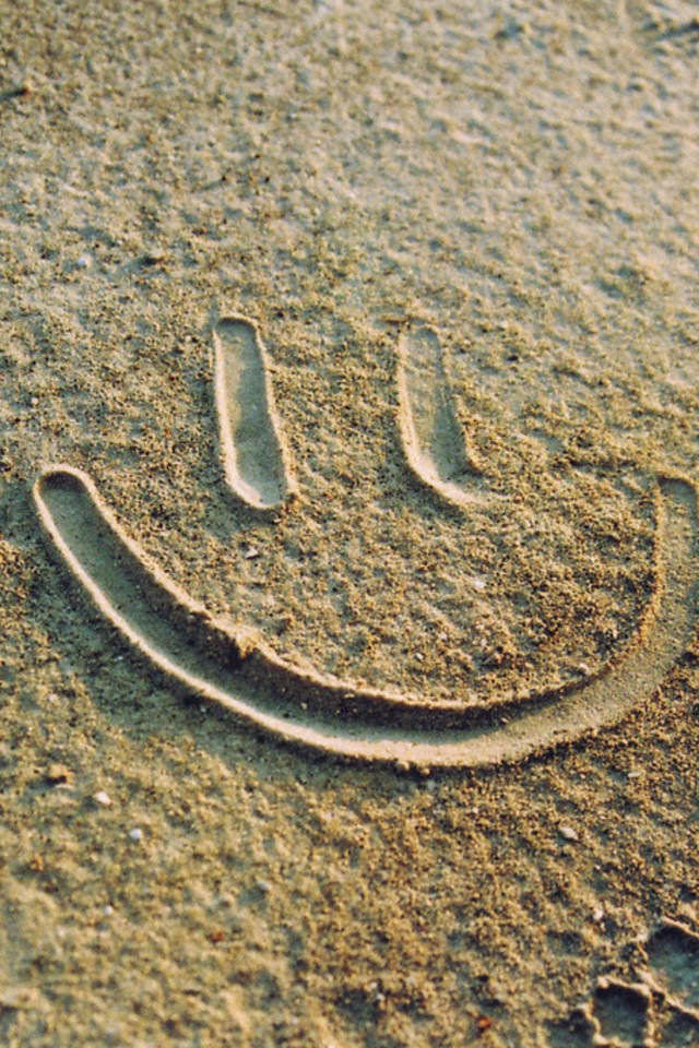 Drawn sand smiley face Hurray! sand smiley smiley Pinterest