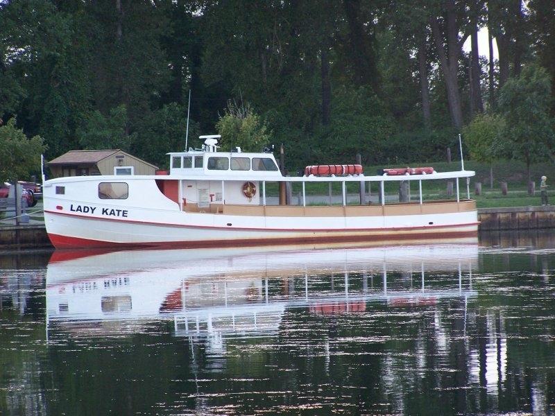 Drawn scenic boat Presque Isle Scenic Presque Boat