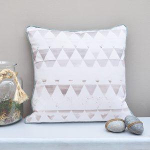 Drawn scenic senary Delicate hand Cushion Style scenery