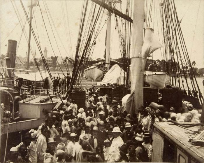 Drawn ship indian arrival day Suriname The arrived Indians They