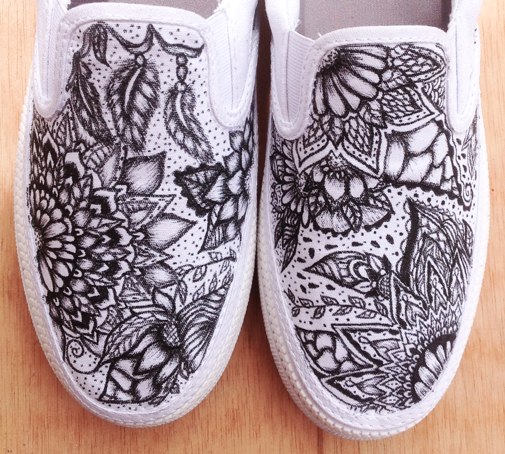 Drawn shoe canvas shoe Times canvas different and eye