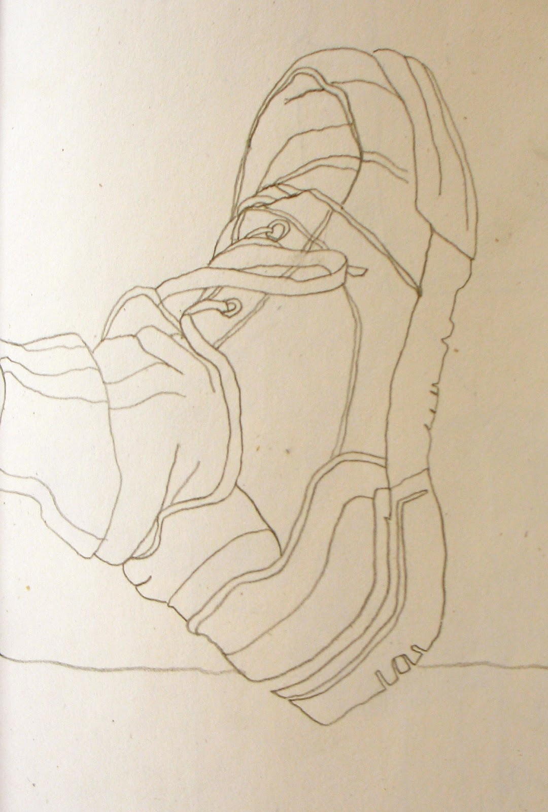 Drawn shoe contour drawing Or Or in looking a