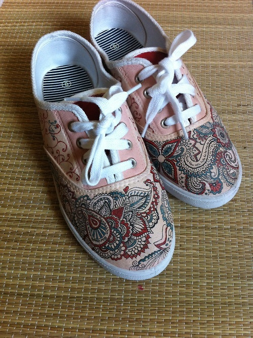 Drawn shoe henna Search shoes Shoe images 28