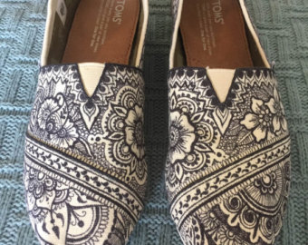 Drawn shoe henna Design Hand Etsy TOMs Henna