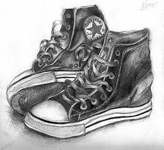 Drawn still life converse Real ideas !! Pinterest Shoe