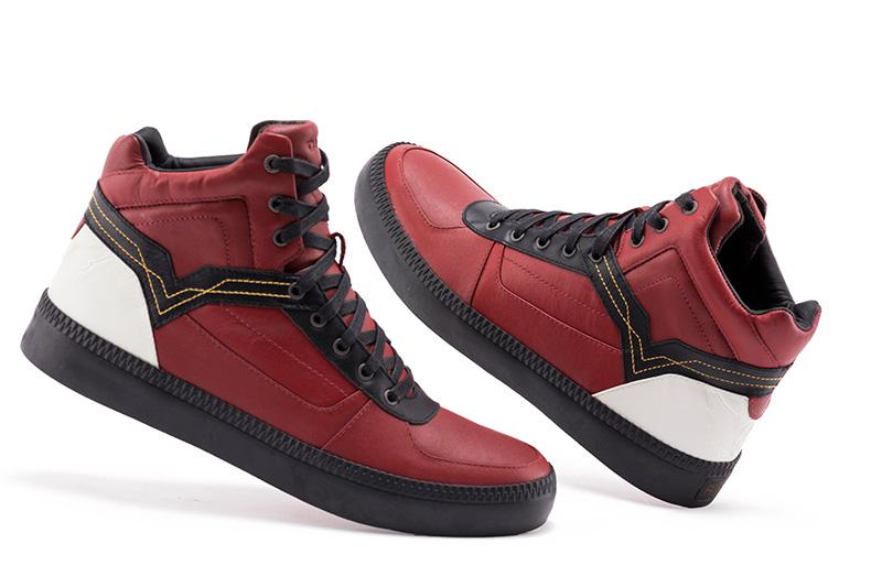 Drawn shoe street fighter Five x distinct on Fashion