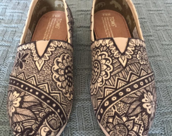 Drawn shoe tribal design TOMS Tribal Tribal Feather Drawn