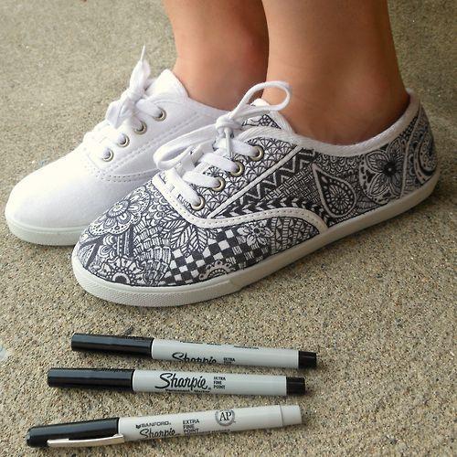 Drawn shoe zentangle #8