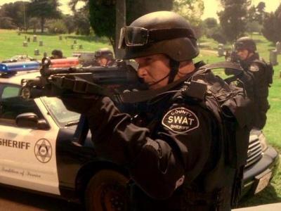 Drawn shotgun terminator 3 At of  MP5A2 Firearms