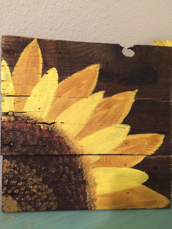 Drawn sign pallet DIY on  by Etsy