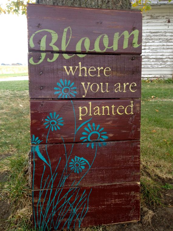 Drawn sign pallet On Painted Hand Painted 107